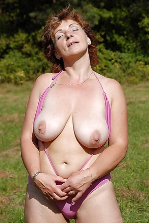 Beautiful older women with big tits