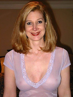 Inexperienced older women with big tits