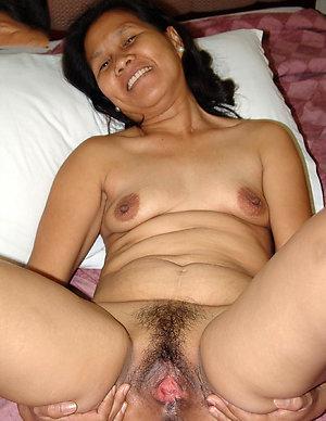 Free hot asian chick porn pics