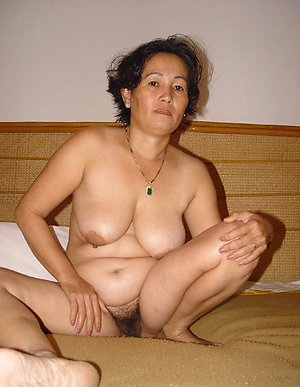 Horny asian amateur wives