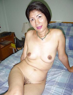 Xxx hot asian naked chicks pics