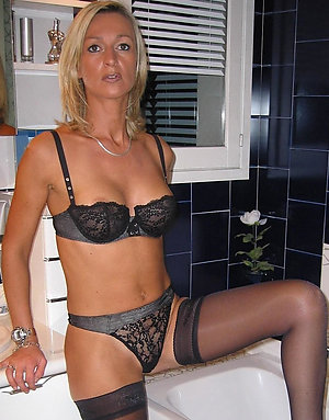 Porn pics of old lady in lingerie