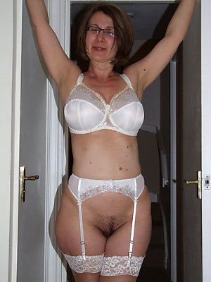 Mature Lingerie Pictures