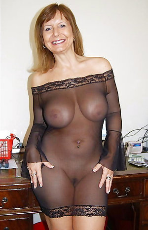 Free pics of mature mom lingerie