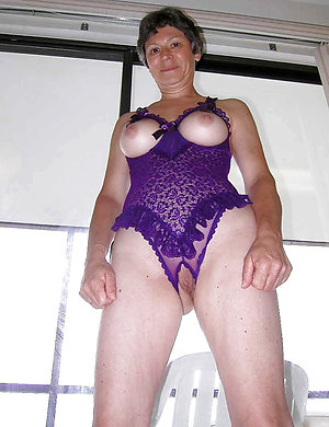 Amateur xxx old sexy wife in lingerie