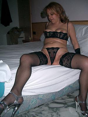 Inexperienced sexy wife lingerie pics