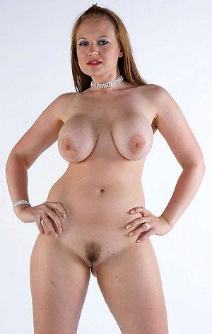 Busty chubby mature milf pics