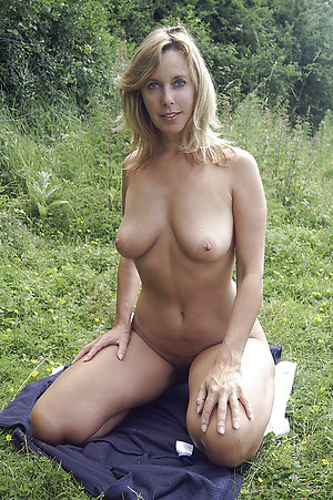 Free sex pics of mature nude milfs