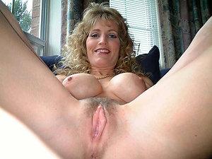 Gorgeous mature milf porn pics