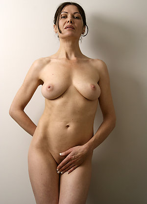 Free hot horny moms stripped
