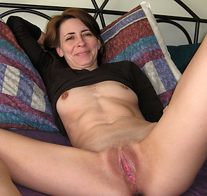 Mature Moms Pictures