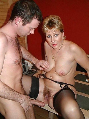 Handsome amateur mom naked pictures
