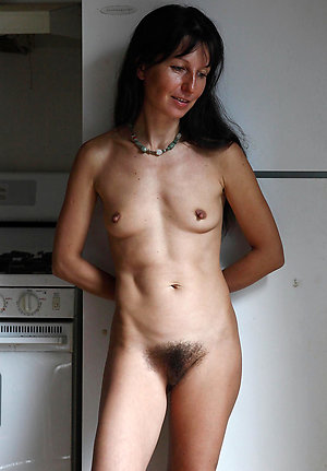 Homemade pics of mature mom nude