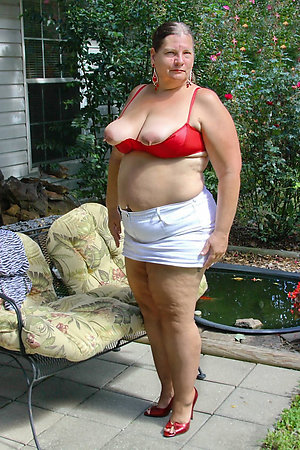 Nude amateur hot mature mom gallery