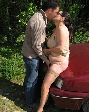 Real horny mature mom galleries