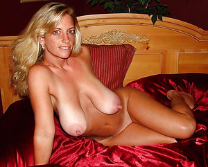 Amazing big nipple mature sex pics