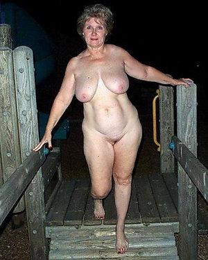 Natural tits mature love porn