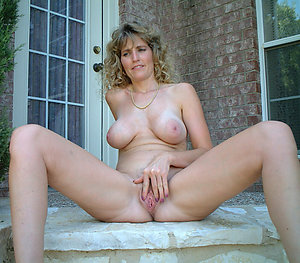 Crazy xxx amateur milf sex photo