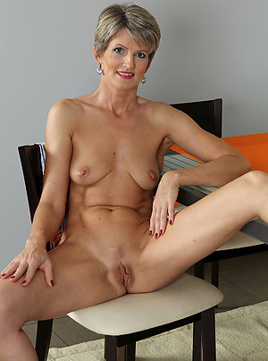 Nude Mature Pictures