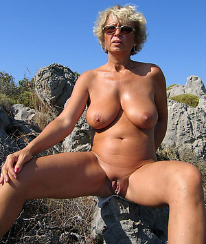 Amateur pics of beautiful naked mature women