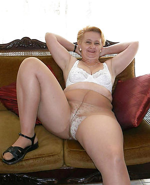 Pretty mature ladies in pantyhose