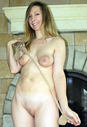 Sexy Alysha mature woman in pantyhose