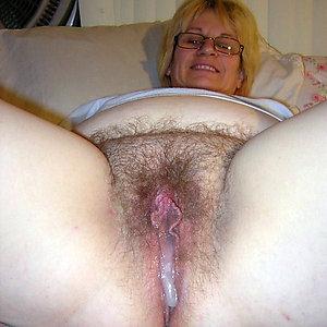 Naked older lady pussy photos