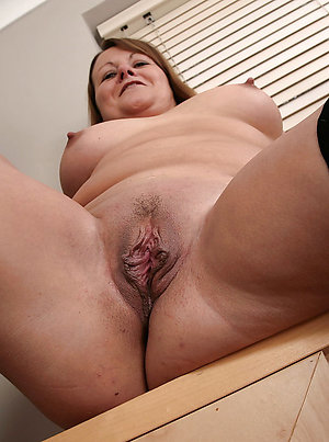 Real shaved mature pussy amateur pictures