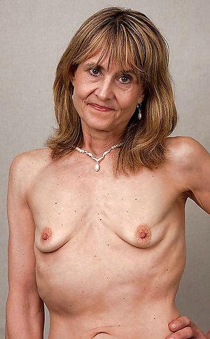Sexy saggy mature amateur porn pics