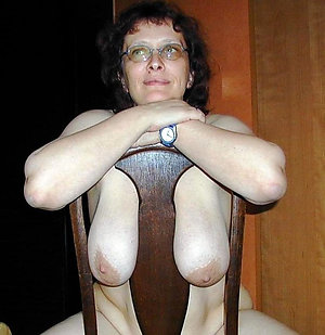 Naked mature saggy tits amateur pictures