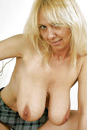 Homemade pics of mature women saggy tits