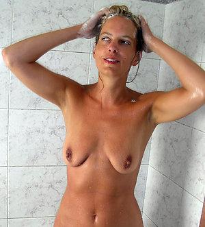 Nude hot mature saggy tit porn