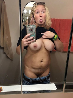 Slutty selfies of sexy older girls