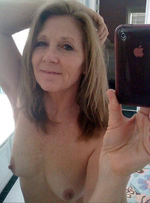 Slutty sexy selfies mature girl