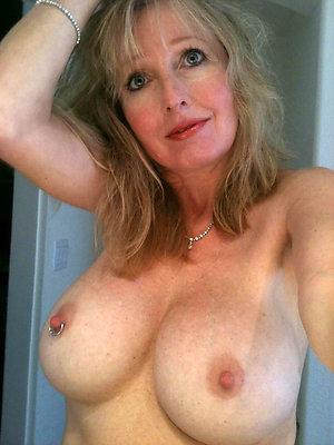 Amateur pics of hottest women nude