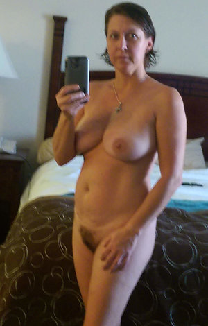 Amateur pics of horny mature women