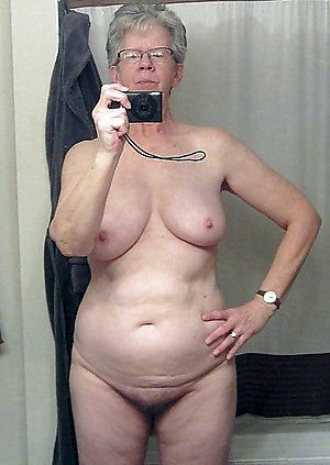 Free hot sexy mature girl selfies