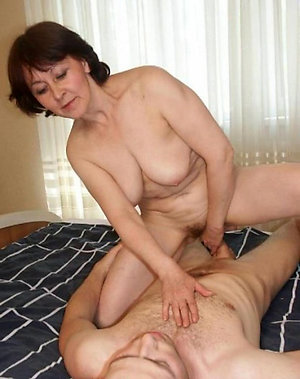 Nude homemade mature sex pictures