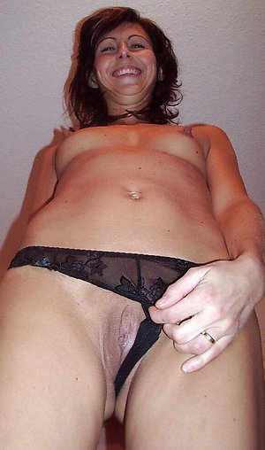 Hotties mature panty tease pictures
