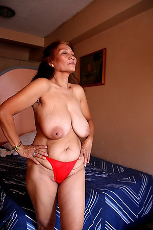 Sweet amateur hot women in panties