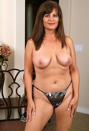 Hotties old mature panties porn pics