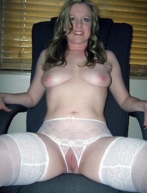 Free sexy ladies showing panties