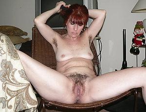 Xxx amateur mature redhead pussy pics