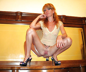 Spectacular sexy redheaded older women