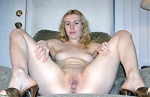 Mature Shaved Pussy Pictures