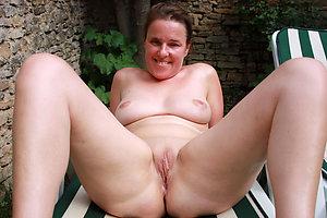 Hotties shaved mature cunt amateur pictures