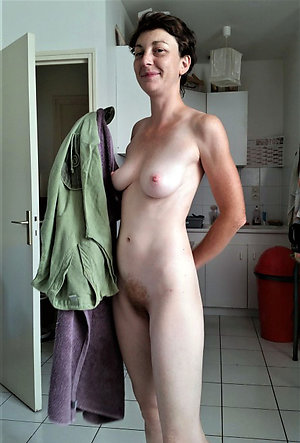 Xxx skinny mature nude women pictures