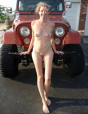 Homemade mature skinny wife pics
