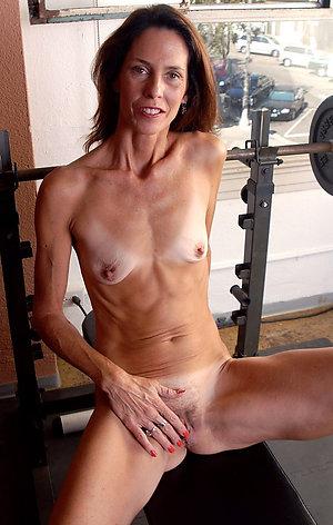 Slutty mature skinny porn pictures