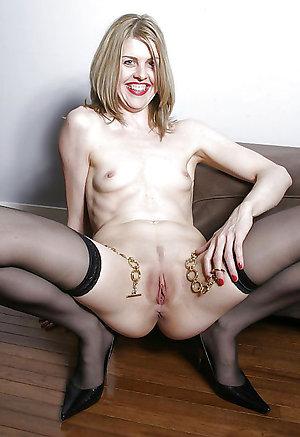 Slutty skinny mature milf photos